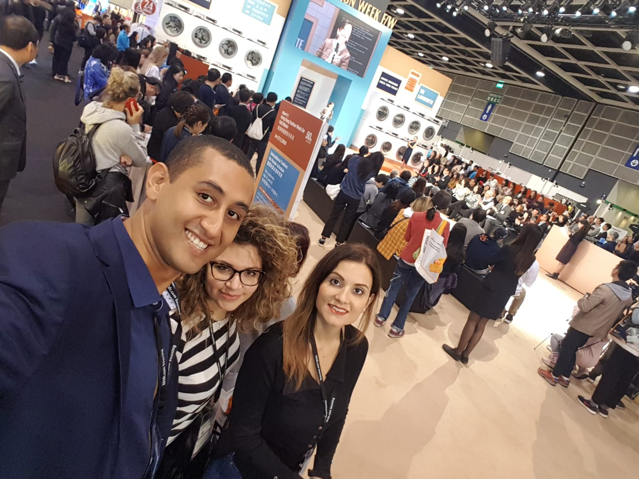 Best Marketing Agency alla fiera del fashion ad hong kong
